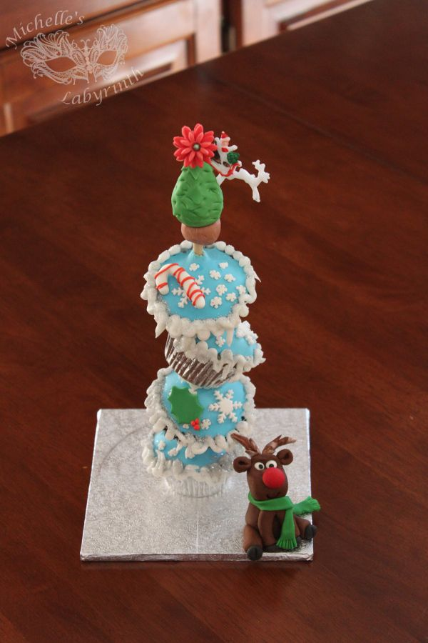 Michelle's Labyrinth Christmas Cupcake Stack Fondant Rudolph [December 2013]