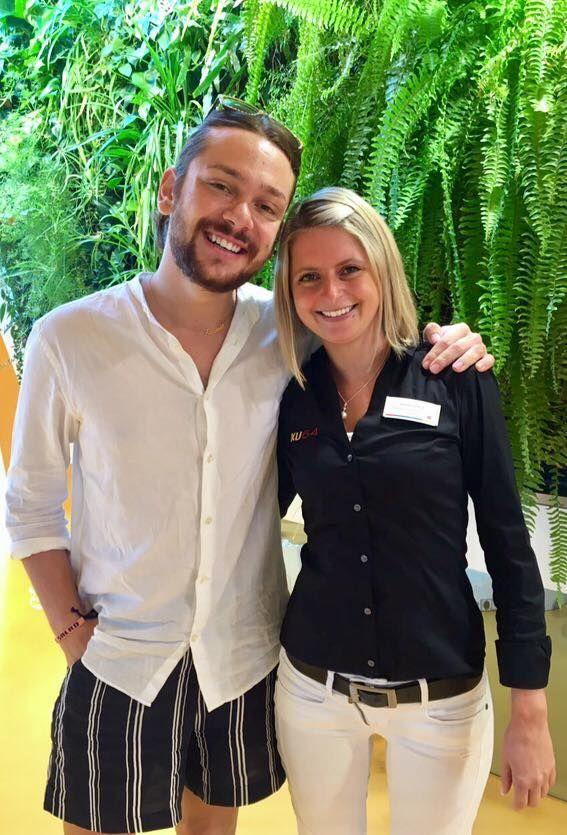 #Blogger @riccardosimonetti trägt ab sofort die #Zähne #weiss ;-) ... Blogger #riccardosimonetti and his #brandnew #white #teeth!  Mehr Infos zum Bleaching by KU64: http://www.ku64.de/schoene-zaehne/bleaching.html ... #bleaching #zahnaufhellung #hollywoodsmile #zahnarzt #dentist #dental  #propylaxe #white #snowwhite #breakfastattiffanys #clinic #fashionblogger #promi #star #happynewsmile #myku64moment