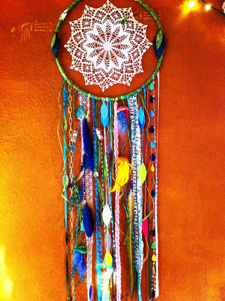 The 25 best homemade dream catchers ideas on pinterest for How to make dreamcatcher designs