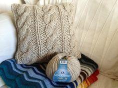 DIY Un coussin et des torsades avec laine nordic spirit oslo de DMC