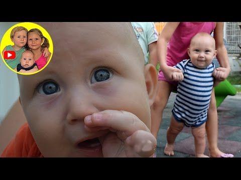 Беби Бон, первые шаги куклы Baby Born Doll 💗 Видео для детей на детском ...