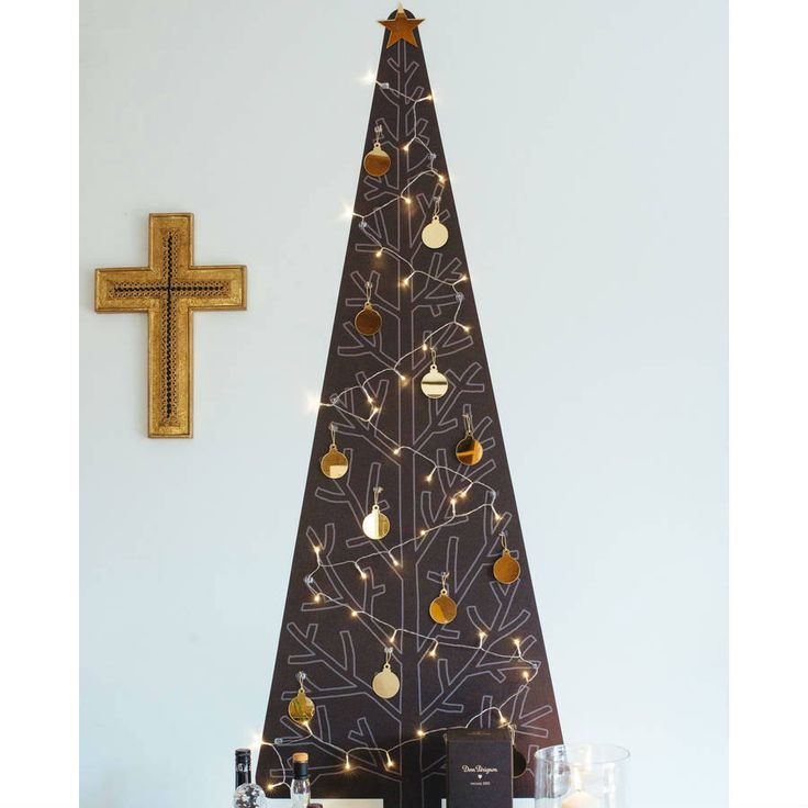 Soho Removable Reusable Wallpaper Christmas Tree Kit