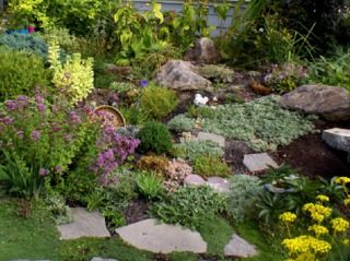 154 best images about rock gardens on pinterest gardens With modele de rocaille pour jardin 18 bordure de jardin en pierre naturelle