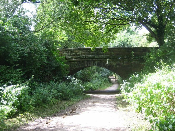 An Old Bridge, Wirral Way, UK.  - http://earth66.com/rural/old-bridge-wirral-way/