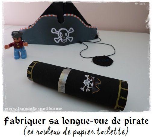 Nous avons réalisé un petit bricolage accessoire de pirate avec une longue-vue en rouleau de papier toilette. Une idée d'activité pour un anniversaire ;)