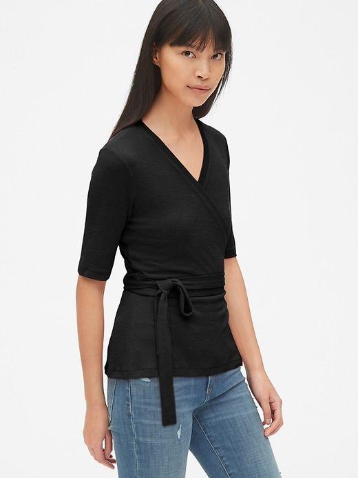 64259ad6dbea2 Gap Women s Softspun Short Sleeve Tie-Waist Wrap Top True Black in ...