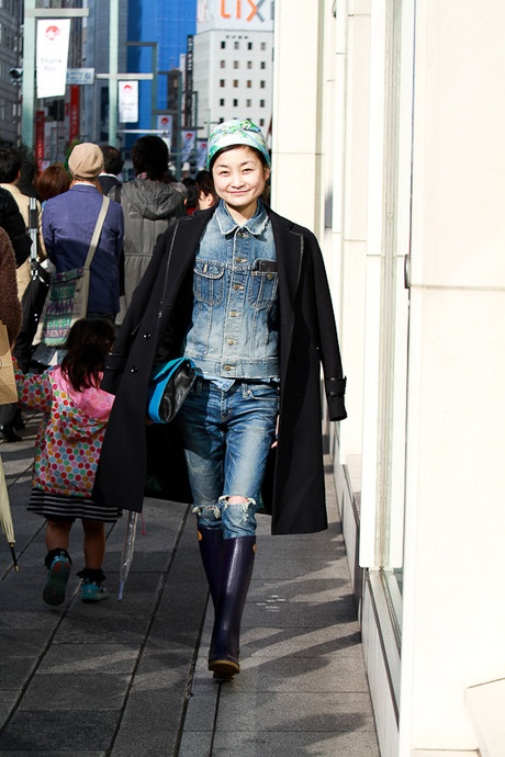 Street of Ginza, Tokyo 名前: シトウレイ 場所: 銀座 職業: STYLE from TOKYO Photo by: 笹井