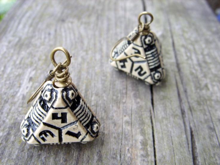 dice earrings futuristic sci-fi beige geeky jewelry D4 dice rgp larp science fiction future. $25.00, via Etsy.