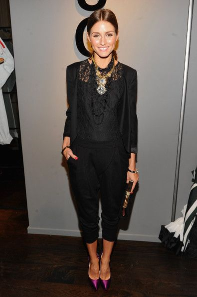 Olivia Palermo, black outfit & statement necklace