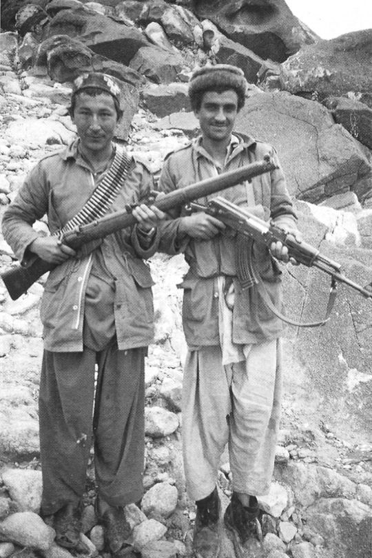 A pair of Afghan rebels, displaying the variety of arms found with the Mujahideen during the 1980s, spanning not only from modern assault rifles to classic bolt-actions, but some fighters were even known to wield comparatively ancient...pin by Paolo Marzioli