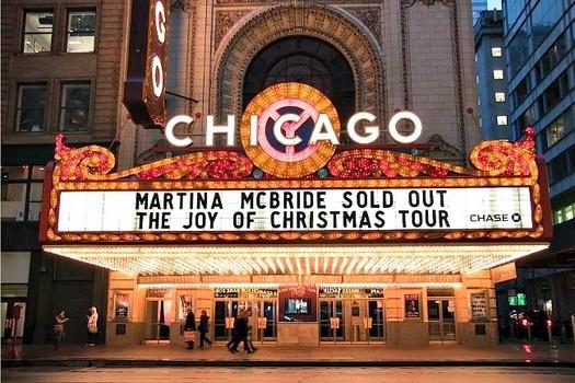 Martina McBride closes Joy of Christmas Tour with sold-out Chicago concert #examinercom