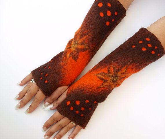 Gloves fingerless Autumnal Flowers hand felted very von ArtMode