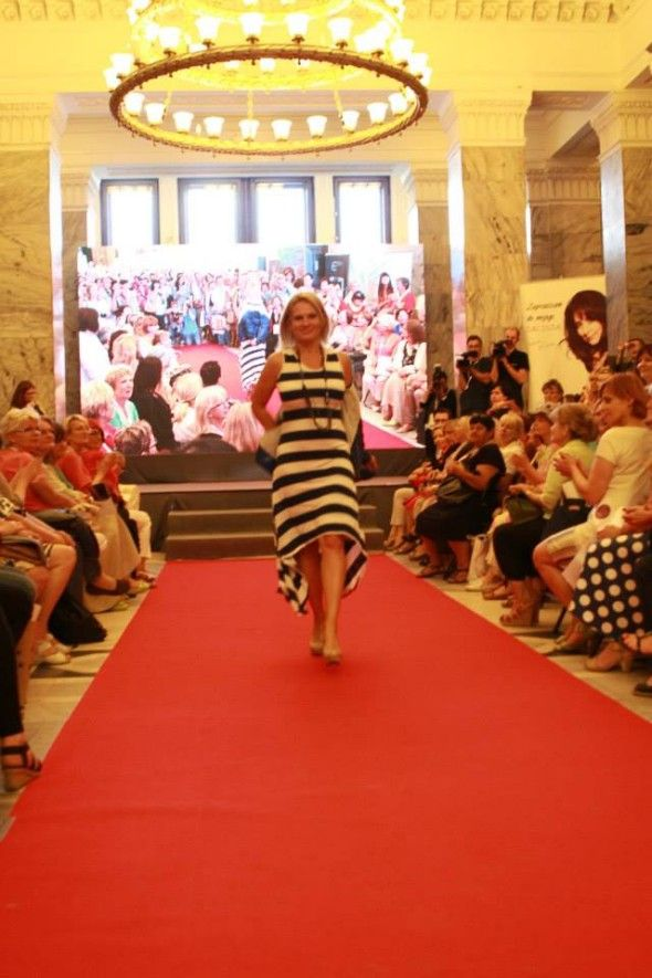 Congress of Women 2013, Poland, fashion show with mature models / Kongres Kobiet 2013 - kulisy pokazu mody 40+