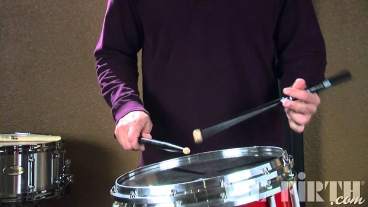 Vic Firth Rudiment Lessons: Paradiddle-diddle I like the way he presents this... *Check also the way he alternates this with paraparadiddles using Middle Eastern music score.