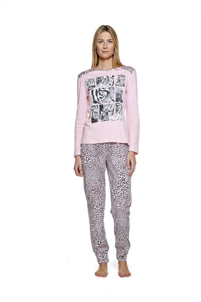 pijama con estampado de leopardo moda íntima belty paramí colección otoño invierno
