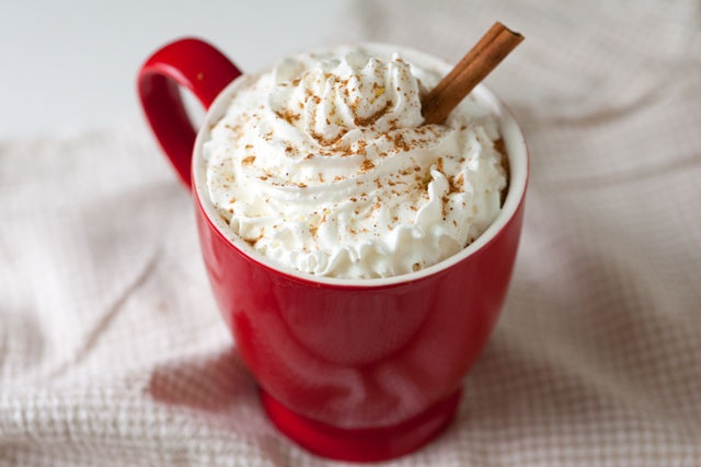 Best Homemade Pumpkin Spice Latte...i'm craving this but i need sleep. goodnight punkinlatte