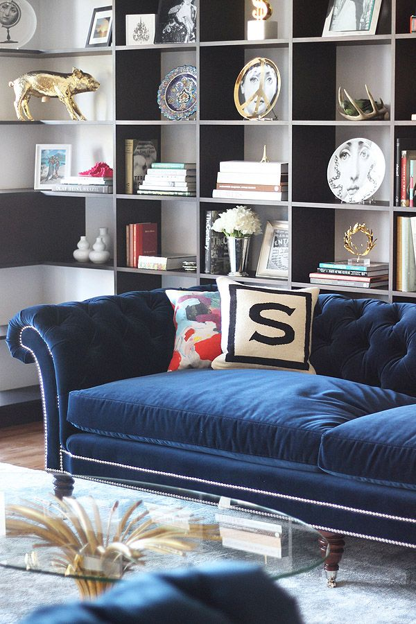 velvet tufted sofa toronto set blue navy