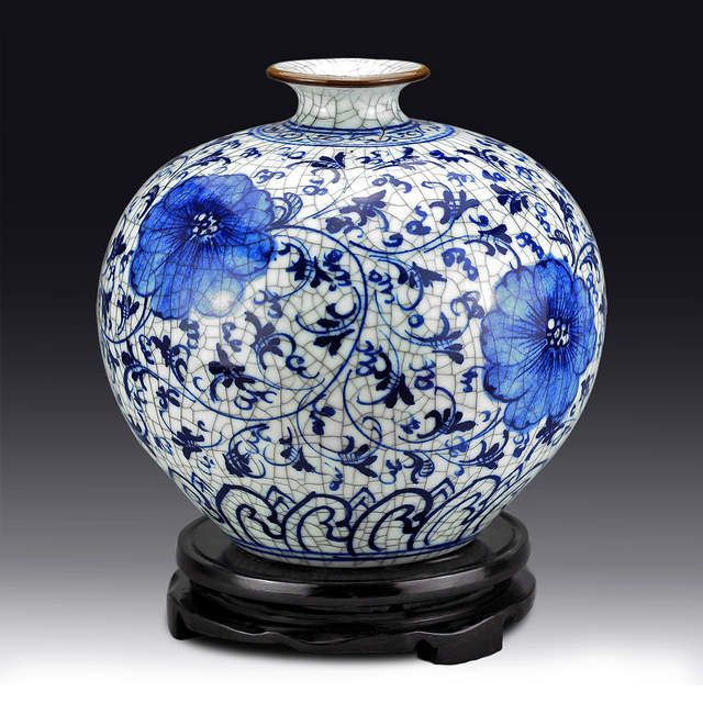 china handmade jingdezhen porcelain painting dragon blue vase  worth collecting