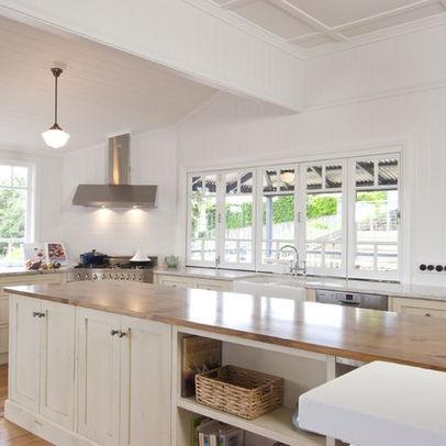 Nice bi-fold windows in the kitchen...