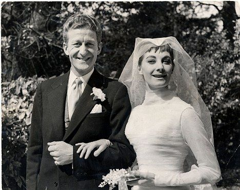 Jean Marsh with Dr Who actor Jon Pertwee on their wedding day in 1955, the couple divorced in 1960