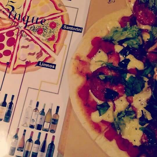 Greek open pies... protect!!  #cinque #winebarpsirri #winebar #psiri #athens #wines #winetasting #foodtasting #wine #winetime #timeforwine #winelover #lovewine #greekwine #greekgrapes #winegeeks #drinkgreekwine #instawine #winestagram #friends #instafood #drinks #foodporn #food #yamas #yummy #lovefood #supportgreekwine #travel