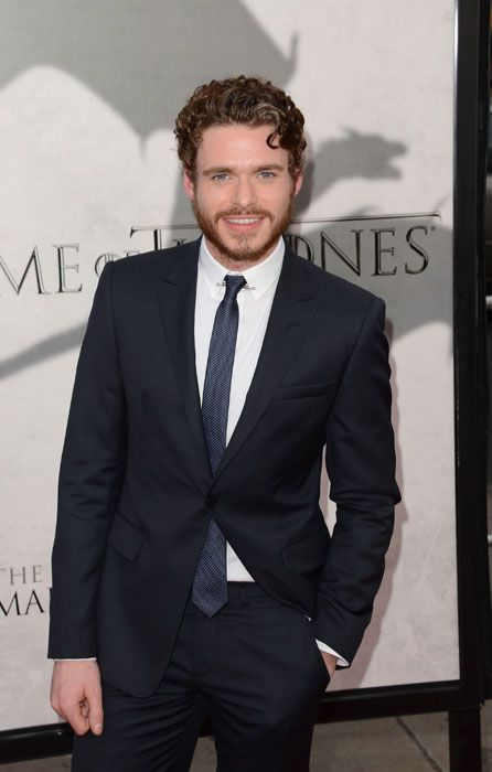 Richard Madden has a fit body....
