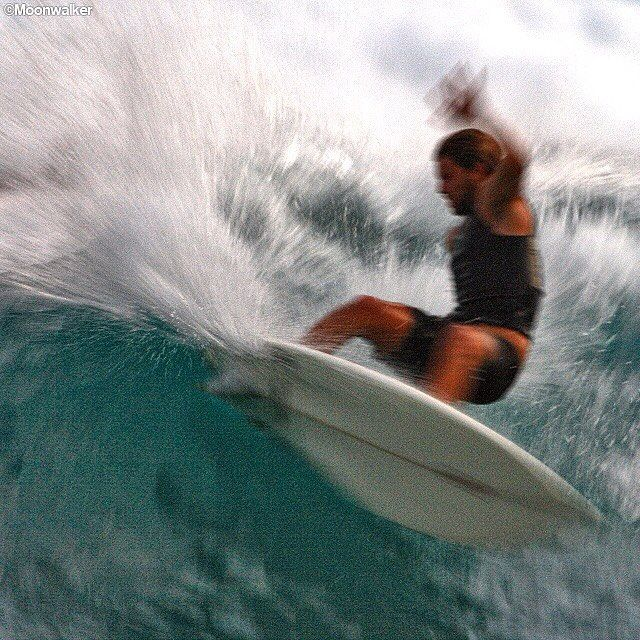Slam on the brakes and redirect - weekend coming up!👍😃 . ©Moonwalker.  Tag #GoldenBreed for permission to repost #surfshop #MoonwalkerPhotos #surfari #epic #tropical #surfculture #mates #friends #adventure #oceanvibes #surf #saltwater #letsgosurfing #joy #happiness #beach #surfingiseverything #swell #stoke #water #barrel #beachculture #gonetothebeach #goyourownway #beachfun #explore #surfingphotography