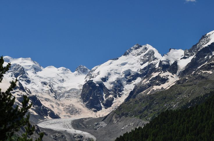 Piz Bernina (4049 m) et glacier de Morterasch, Val Bernina, Haute-Engadine, canton des Grisons, Suisse. | Flickr - Photo Sharing!