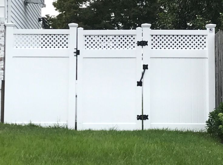 72 Quot Infinity With Privacy Lattice Top Pvc Fence And Gate