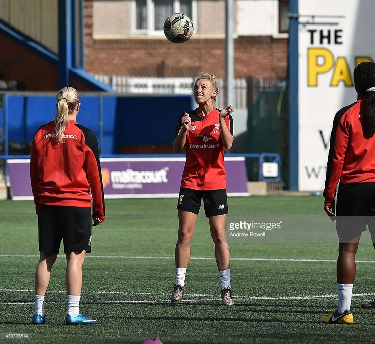 ashley-hodson-of-liverpool-ladies-in-action-during-a-training-session-picture-id489795514 (1024×939)