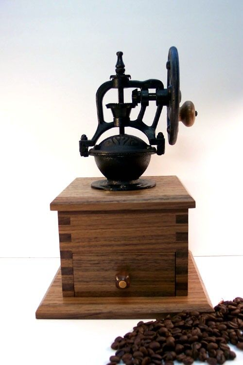 I love this coffee grinder...make me think of my mom when I was little