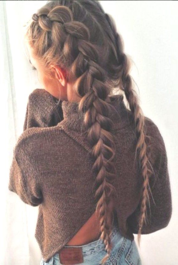 60 Stylish Braided Hairstyles with High Alarm Factor - #Alarm #Braids #Bridesmaid #Brunette #Curly