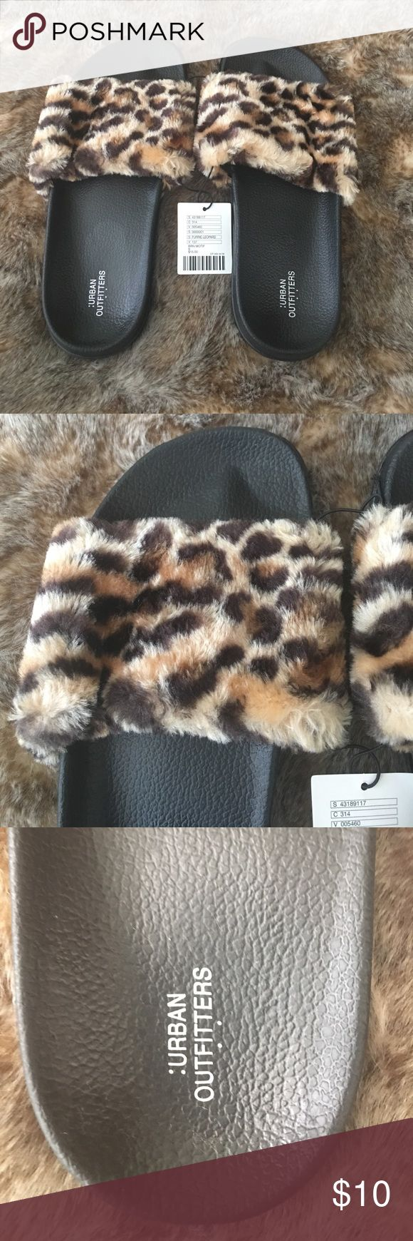 Urban Outfitters Leopard Slip On Sandals Brand New with Tags ! Women's size 8. Soft Leopard material at top, black bottoms. Urban Outfitters Shoes Sandals