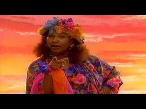 Marcia Griffiths - Electric Boogie (The Electric Slide) [HQ Video] - YouTube