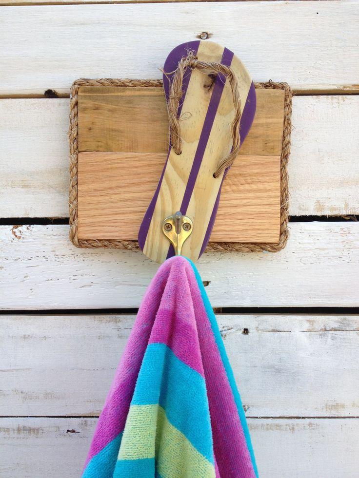 Best 25 outdoor towel racks ideas on pinterest towel for Outdoor towel caddy