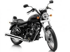 Royal Enfield Thunderbird 500 Price: *170000 INR(Ex-Mumbai Showroom) (Approximate) The latest variant of the Thunderbird 500 was first seen at this year's Indian Auto Expo. We've recently ridden the latest T'bird on the Bangalore-Ooty highway to bring you this first impression. The Chennai