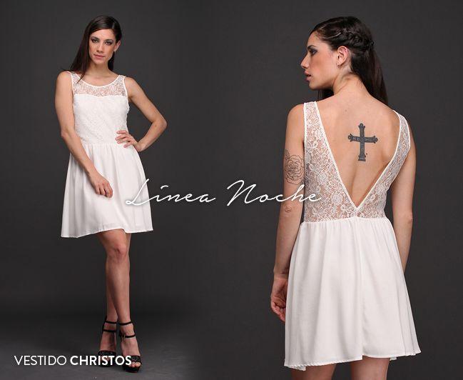 ⭐ Exclusiva Línea Noche 🌙 El Vestido Christos, combinado con encaje, tiene una sensual espalda con escote V profundo y transparencia. Perfecto para ese evento que te espera.