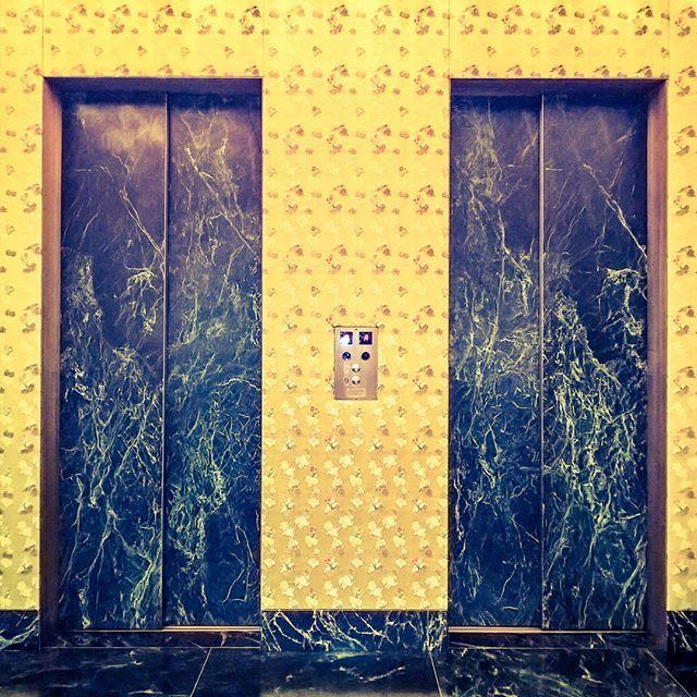 #doors #lifter #marble #gold #shotonmylumia #shotonlumia #lumiaphotography #lumia  #porte #ascensore #marmo #oro #pasticceriamarchesi #pasticceriamarchesi1824 #bakery #instagrammers #instamood #instacool #igers #igersitalia