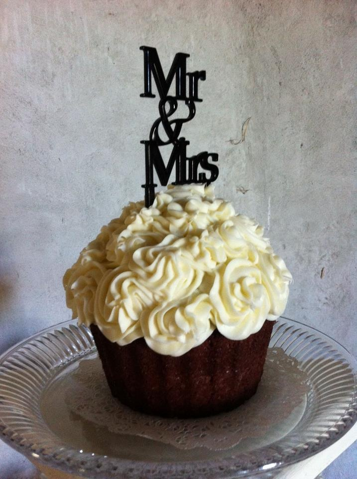 Giant Wedding Cupcake