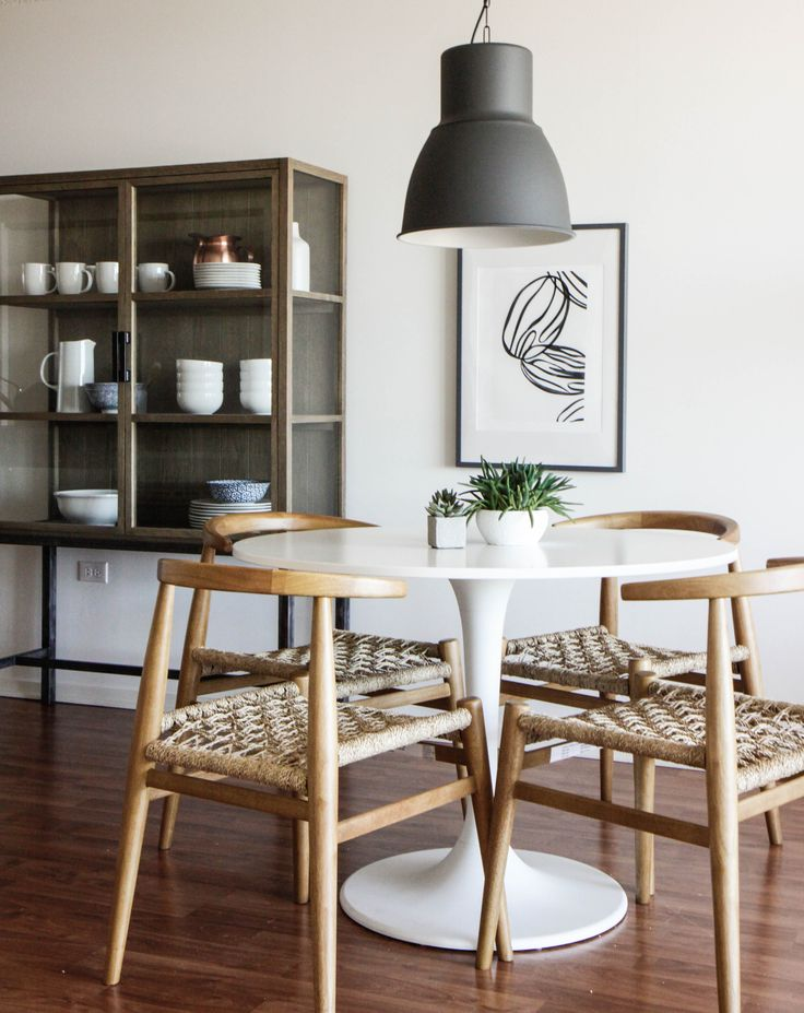 25 best ideas about tulip table on pinterest modern kitchen tables saarinen table and round. Black Bedroom Furniture Sets. Home Design Ideas