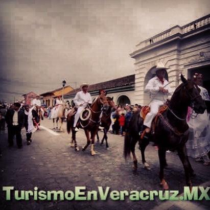 Más de 800 #jinetes en la #tradicional #cabalgata de las #fiestas de la #candelaria http://www.turismoenveracruz.mx/2013/02/mas-de-800-jinetes-en-la-tradicional-cabalgata-de-las-fiestas-de-la-candelaria-2013/ #Veracruz #Tlacotalpan #turismo #viajes #vacaciones #rio #papaloapan
