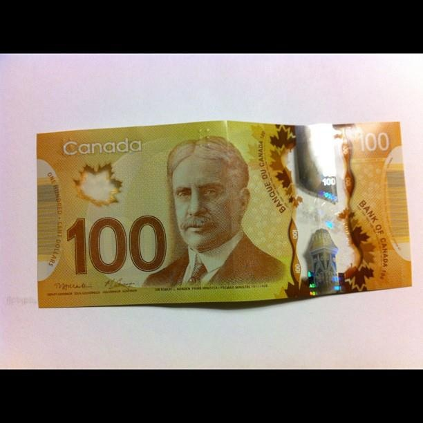 The new Canadian money (plastic)