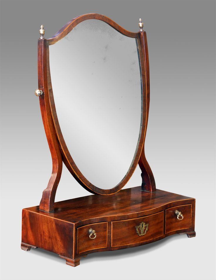 Antique dressing table mirror. George III mahogany toilet mirror.