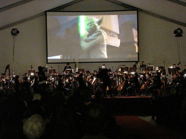Sinfónica interpretando la Marcha Imperial de Star Wars.  Crédito Miltón Ramírez/MinCultura