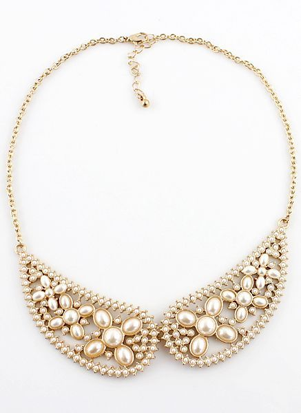 Gold Pearls Collar Necklace.....would wear this for a fancier occasion, not with an everyday outfit.
