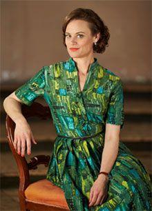 Nadine Garner as Jean Beazley.