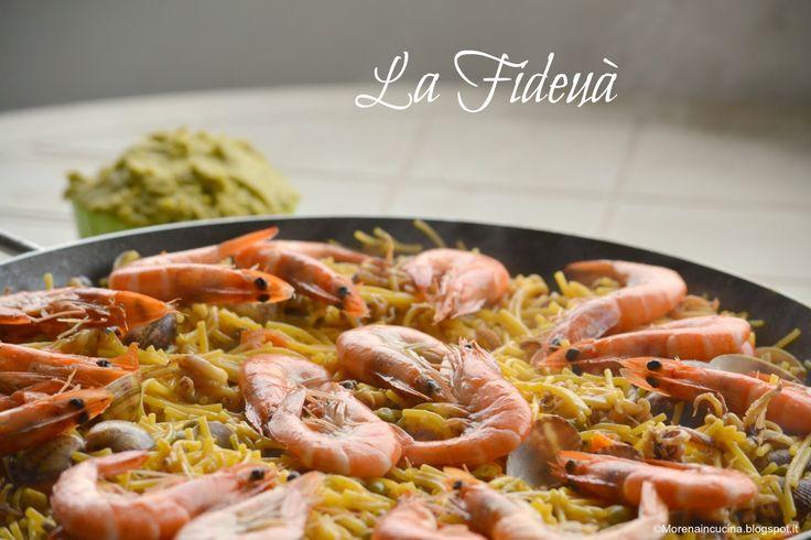 La Fideuà con mazzancolle, vongole e ciuffetti di calamari e la salsa di piselli | Morena in cucina