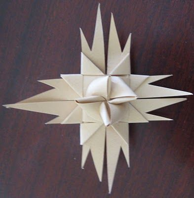 Jeanette Manchester Harris: Paper Christmas Stars / Froebel Star without cut ends
