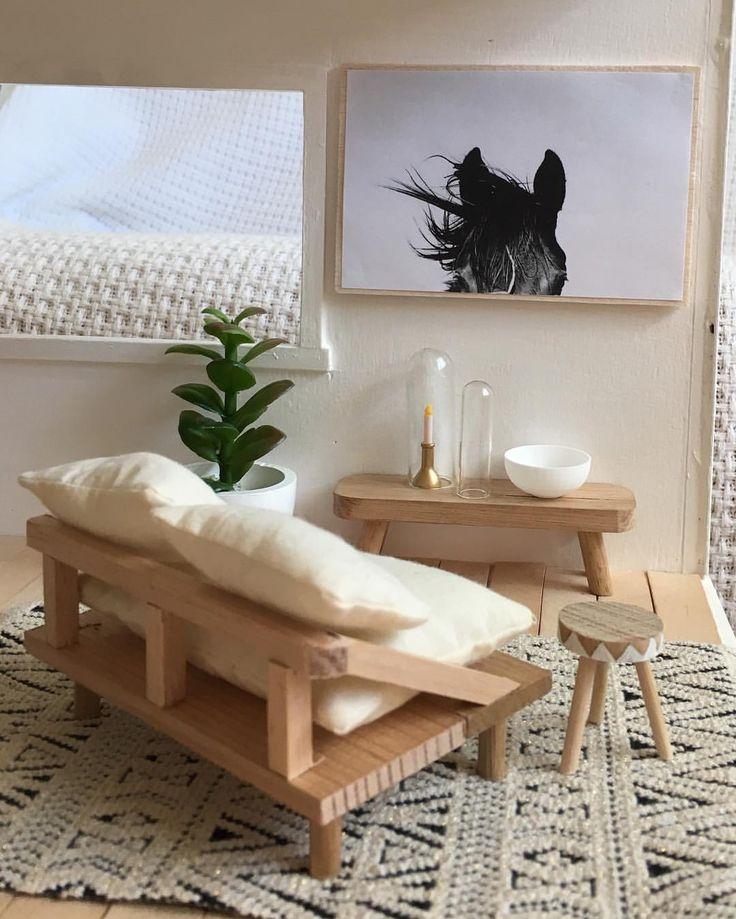 1000+ Ideas About Modern Dollhouse On Pinterest