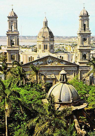 Catedral en plaza de Armas - Tampico, Tamaulipas